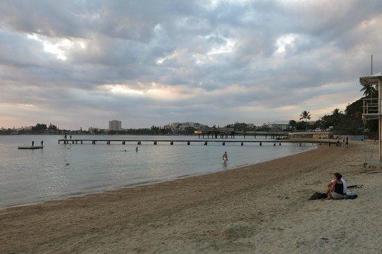 Chateau Royal Beach Resort and Spa : Beach view