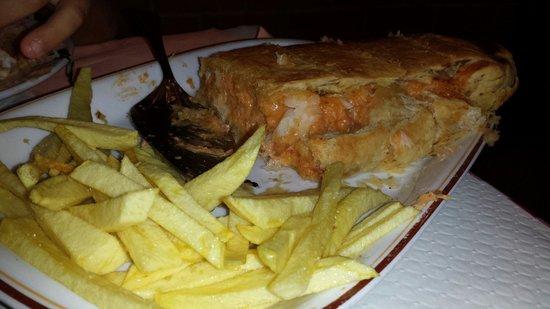 Restaurante Ti Natercia: Bacalhao folhado ti nartecia espectacular
