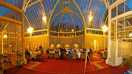 Tortworth Court Four Pillars Hotel: The Orangery at Tortworth Court
