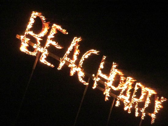 Secrets Royal Beach Punta Cana: BEACH PARTY!!!