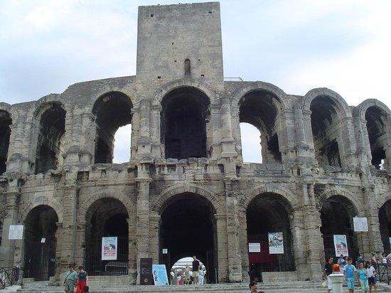 Amphitheatre (les Arenes): Les arènes