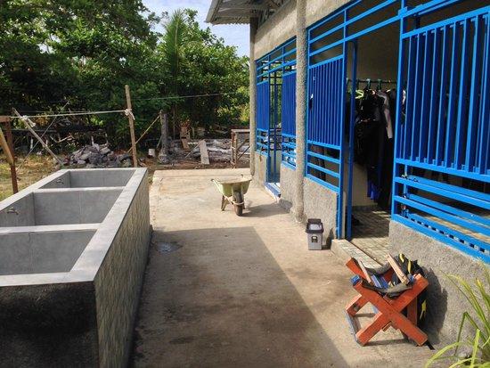 Thalassa PADI Dive Resort: Dive Shop