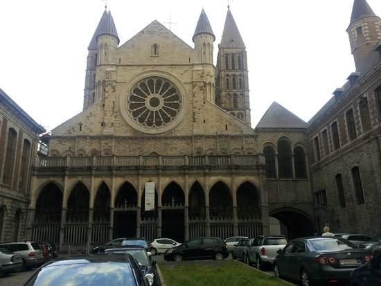 Notre Dame Cathedral in Tournai: 01