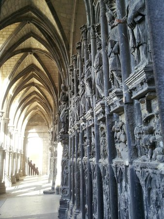 Notre Dame Cathedral in Tournai: 03