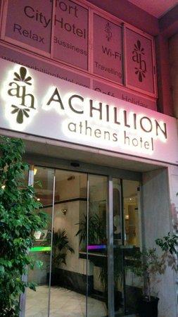 Achillion Hotel: Ingresso hotel - agosto 2014