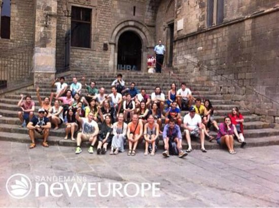 SANDEMANs NEW Europe - Barcelona : Group photo!