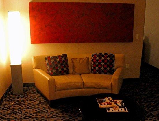 Palms Casino Resort: Salon Suite - living area