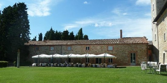 Borgo Scopeto Relais: DIning room building with outdoor seating when nice