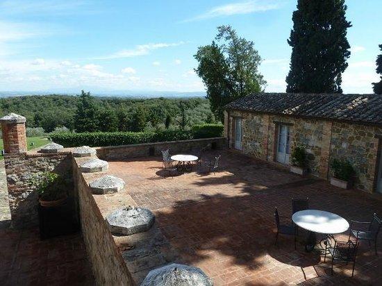 Borgo Scopeto Relais: Our courtyard with view