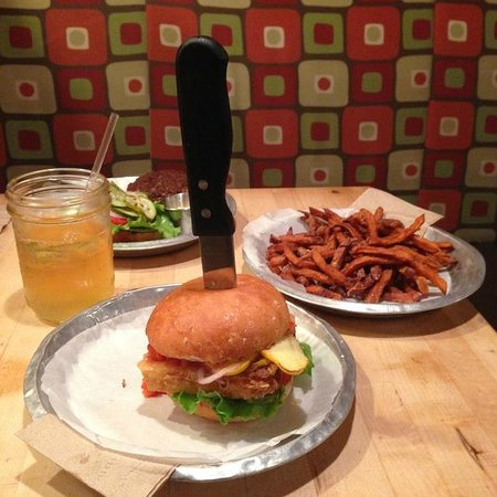 Bull City Burger and Brewery : A violent end to an innocent veggie burger
