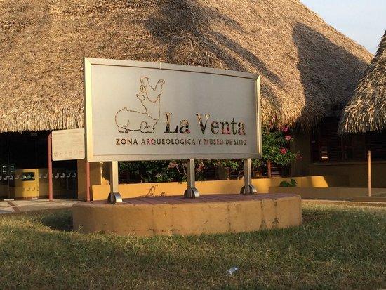 Foto De Parque Museo La Venta Villahermosa: Laguna Las Ilusiones: Fotografía De Parque Museo La Venta