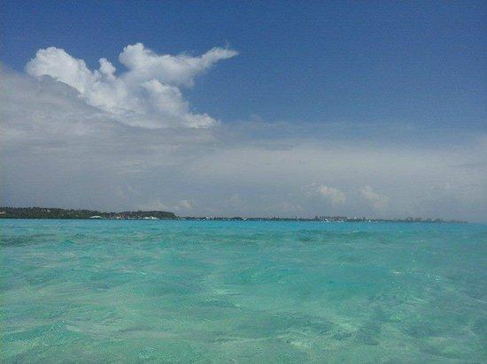 Decameron Marazul: Hermosa vista llegando a la Isla Aquarium