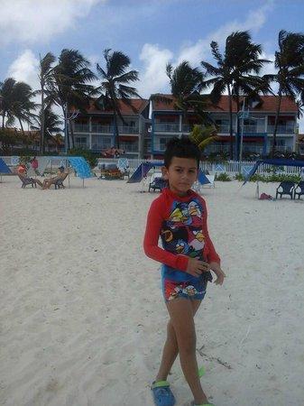 Decameron Marazul: En la playa el Isleño frente al nuevo hotel Decameron Isleño
