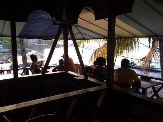 Whalers Seafood Restaurant & Sports Bar: great views