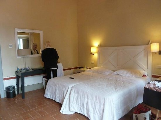 Borgo Scopeto Relais: Our room - no 932