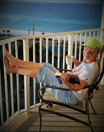 Wyndham Vacation Resorts Majestic Sun: Relaxing on the balcony.