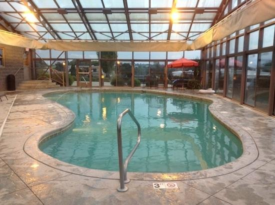 Evergreen RV Resort: large indoor heated swimming pool