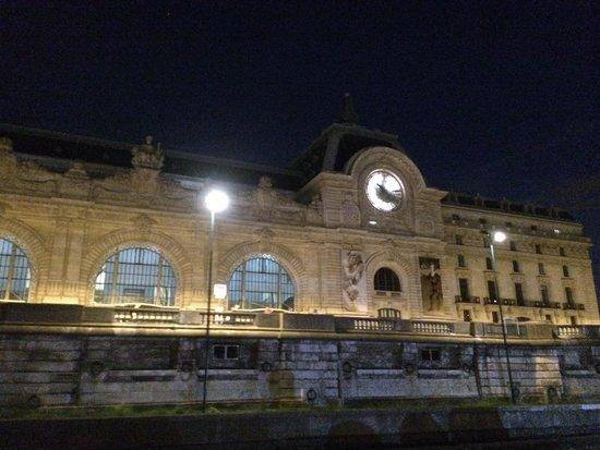 Bateaux Parisiens : Musee DOrsay desde el Sena