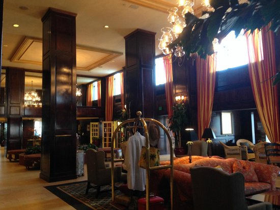 The Shores Resort & Spa: Lobby