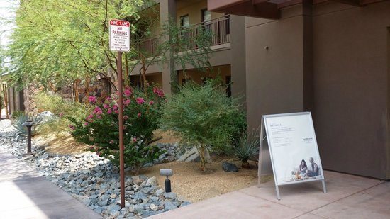 The Westin Desert Willow Villas : A view from Building 6