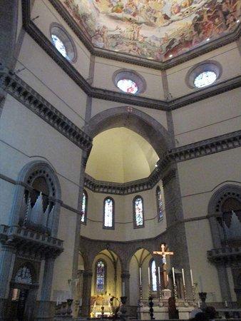 Kathedrale Santa Maria del Fiore: 聖堂内