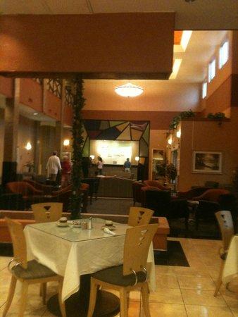 Holiday Inn Hotel & Suites Albuquerque Airport - Univ Area: Elegant dining area