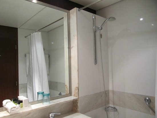 Pestana Casino Park: Bathroom