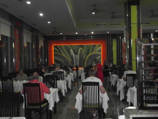 Hotel Riu Yucatan: comedor principal
