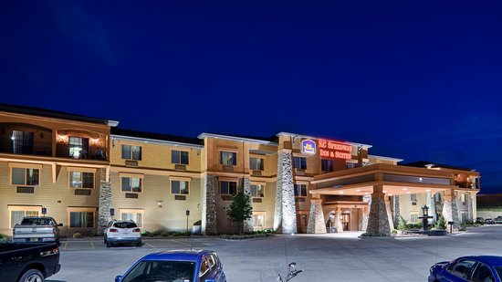 Photo of BEST WESTERN PREMIER KC Speedway Inn & Suites Kansas City