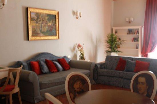 Hotel dei Macchiaioli: Common lounge room