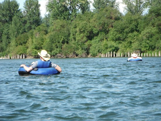 Osprey Rafting: Just floatin'