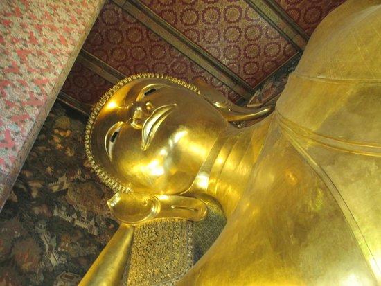 Wat Pho (Tempel des liegenden Buddha): Buddha's head