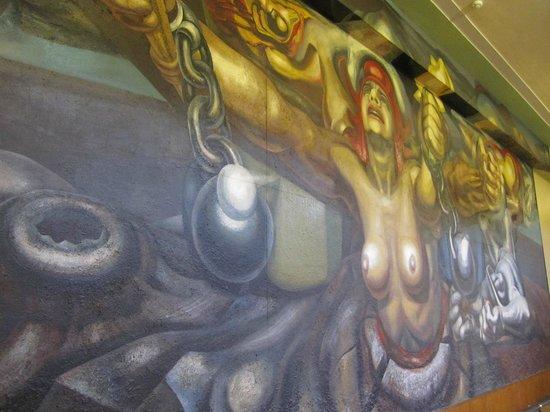 Palacio de Bellas Artes : Mural Siqueiros