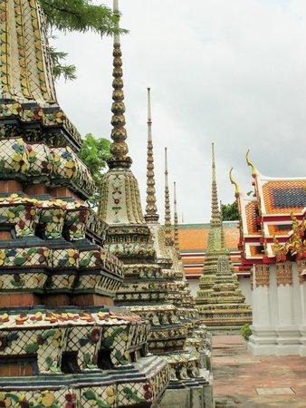 Wat Pho (Tempel des liegenden Buddha): Outside