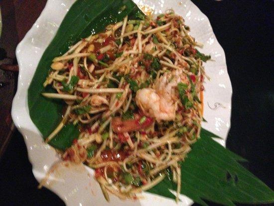 Kinnaree Gourmet Thai Restaurant & Bar: Main course