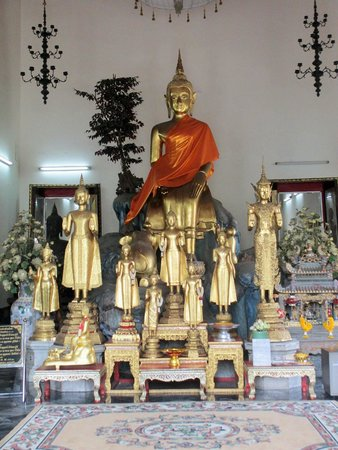 Wat Pho (Tempel des liegenden Buddha): Other statues
