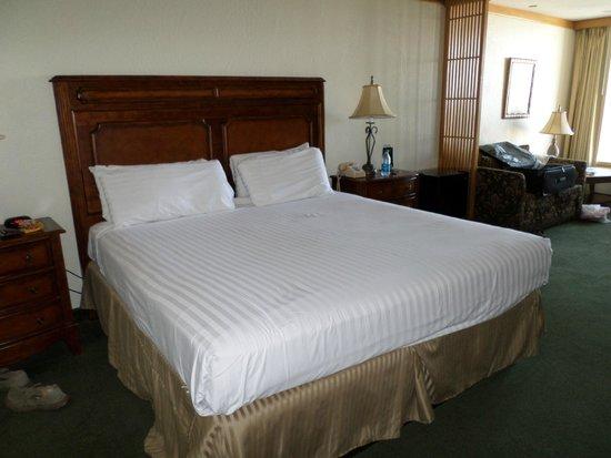 El Cortez Hotel & Casino : King Bed