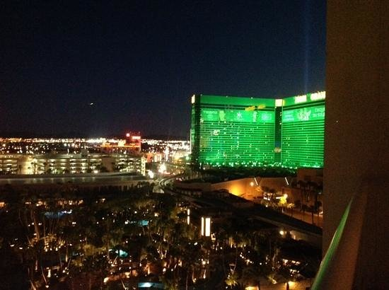Signature at MGM Grand: view from tower 1 11 618/620