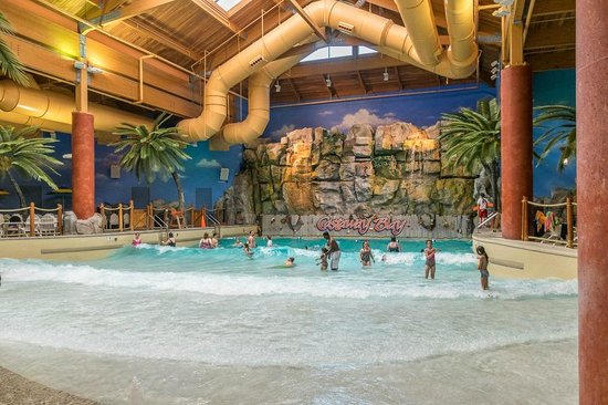 Castaway Bay : Wave pool