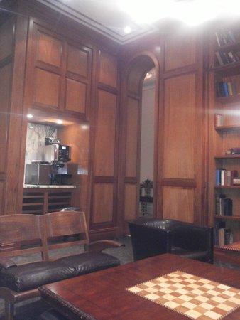 The Mansfield: Sala del loby