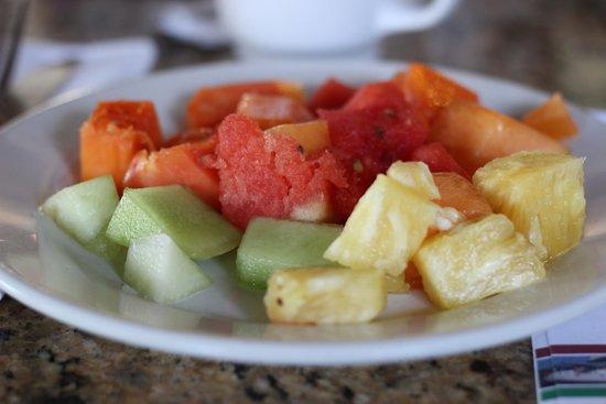 Samba Vallarta All Inclusive : Fresh Sweet fruit every morning