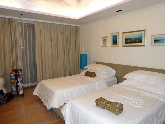 Rest Detail Hotel Hua Hin: Super Comfy Rooms all details taken care of