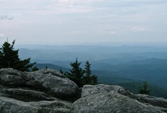 Grandfather Mountain Overlook: View as you drive to top before entering park