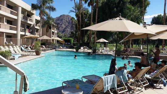 Indian Wells Resort Hotel : Pool