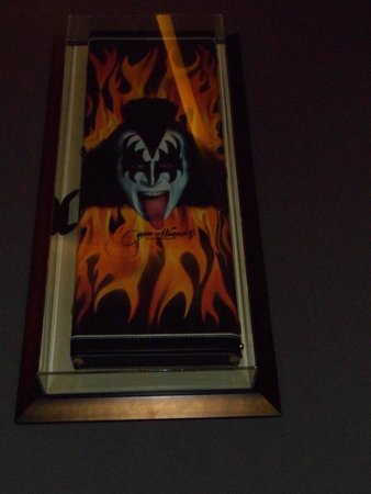 Hard Rock Hotel & Casino Punta Cana: Rock Gods all over the walls