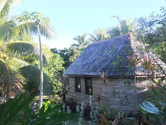 Heilala Holiday Lodge : fale