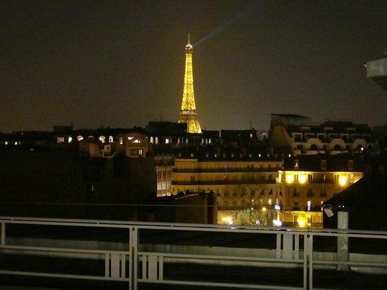 The Hotel du Collectionneur Arc de Triomphe: balcony view