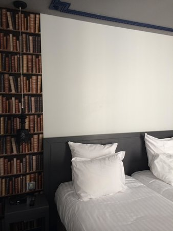 باريس إيست لافاييت: Twin bed room