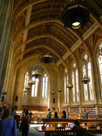 "University of Washington: the ""harry potter"" library"