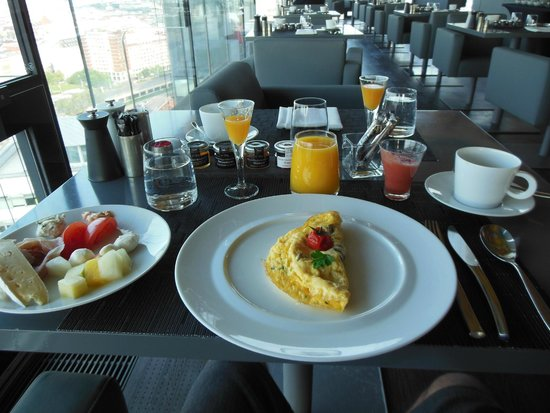 Sofitel Vienna Stephansdom: Delicious breakfast